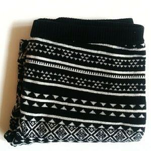 Mossimo sweater leggings